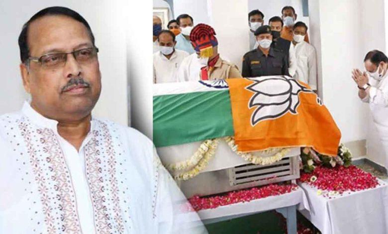 politics-on-kalyan-singh-funeral